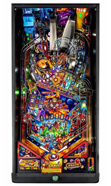 Avengers Infinity Quest Premium Spielfeld