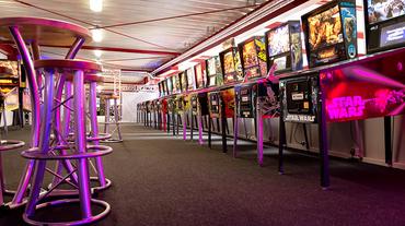 Allstars-Area mit diversen Flipperautomaten